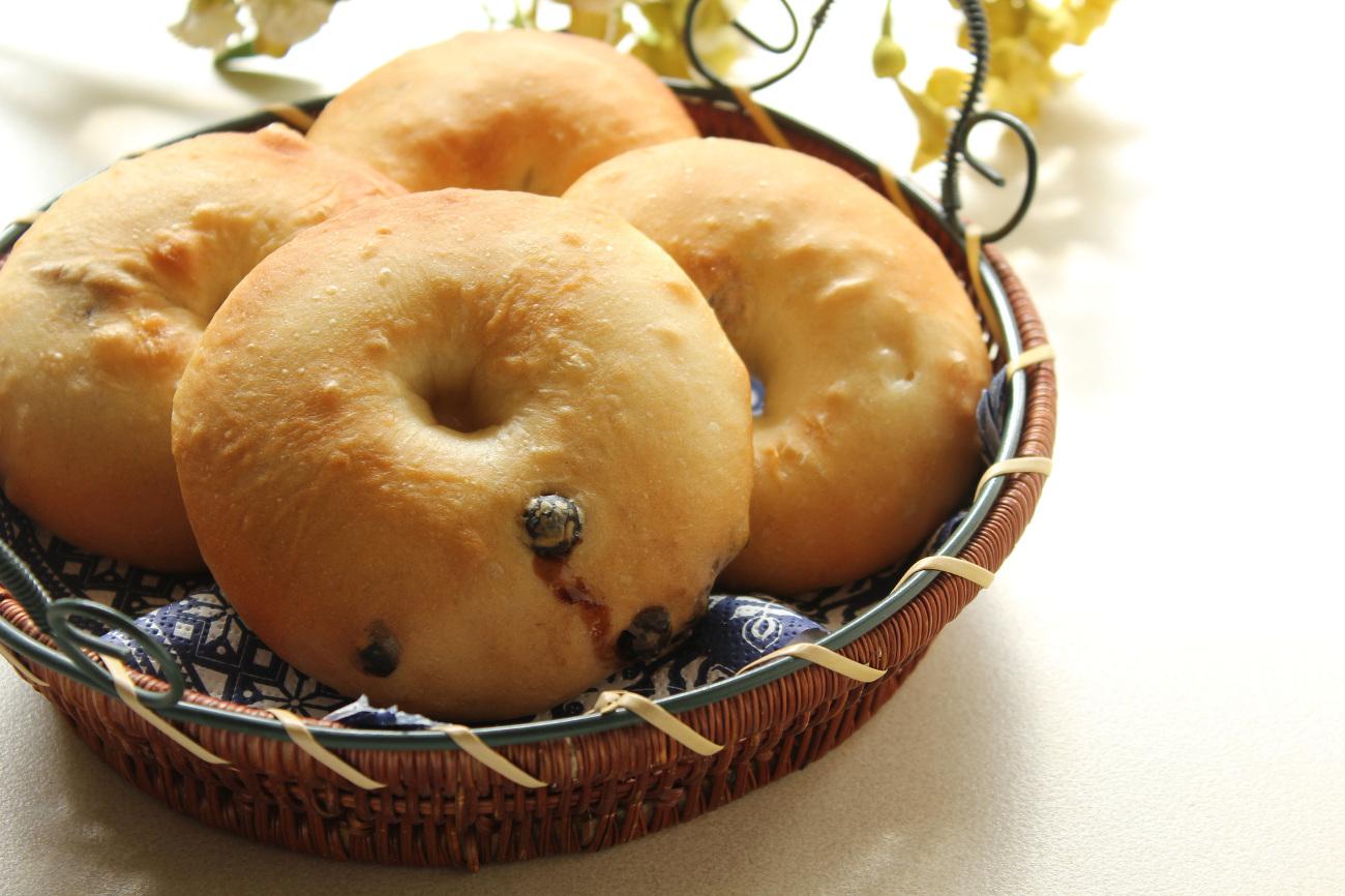 カフェでのひと時がより贅沢に。漫画『ベーグル食べない?~幸せカフェごはん~』