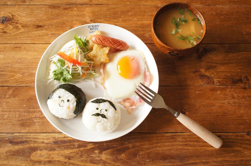 幸せな朝ごはんを探す物語。漫画『いつかティファニーで朝食を』