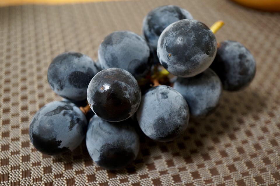 初秋の朝ごはんには旬のブドウを!目の疲れを癒し胃を守ろう