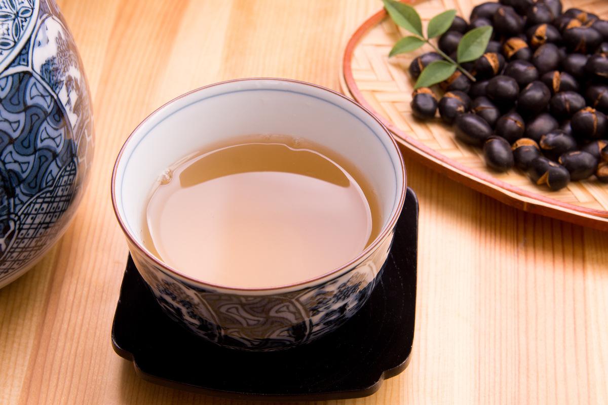 ティータイムにはノンカフェインの黒豆茶を|おかわりおやつ