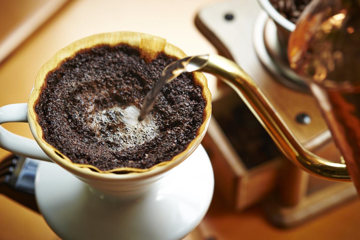 すはだのツヤと潤いのヒミツは「ノンカフェインコーヒー」にあり!