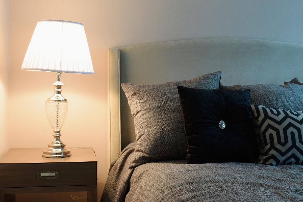 熟睡のコツはこの3つ!よい睡眠を得るための工夫と適した枕の選び方