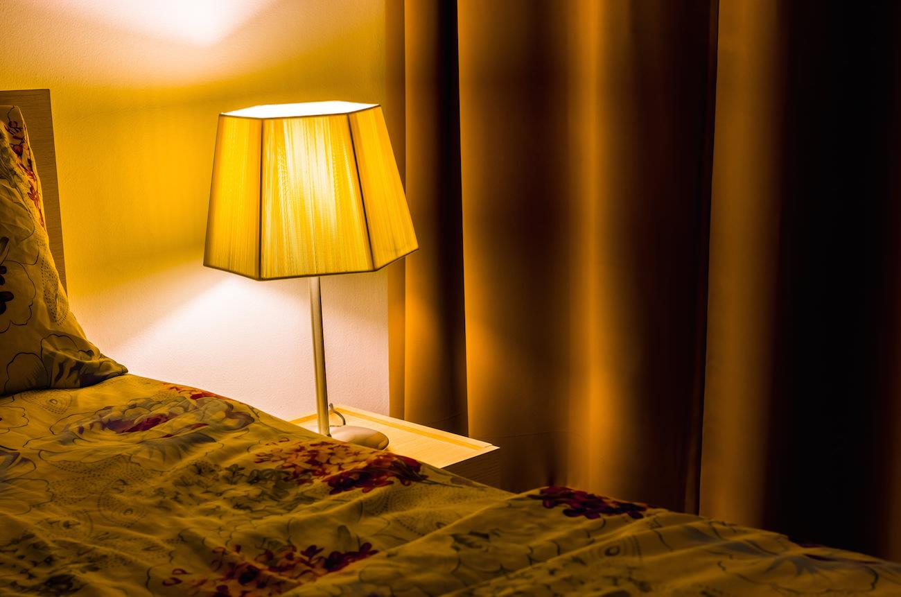 光を味方にして睡眠リズムを整えよう!快眠を得る秘訣とは