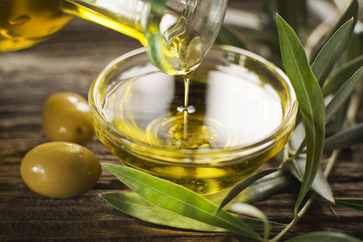 からだを整え美肌効果のある良い油と、悪い油の見分け方