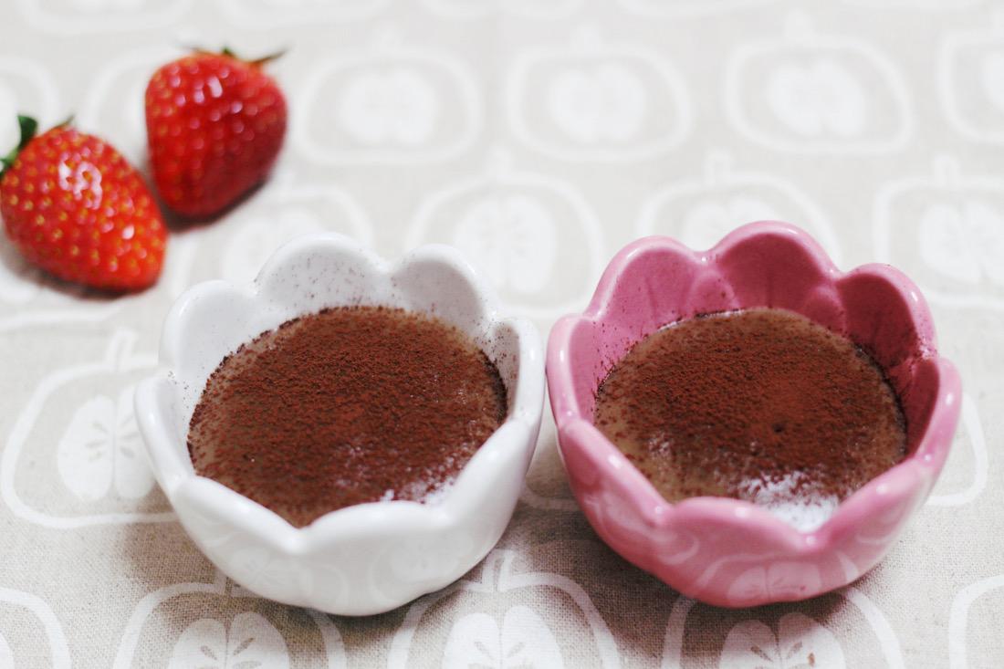 チョコそっくり!だけどカロリー1/5の簡単濃厚キャロブプリン|おかわりおやつ