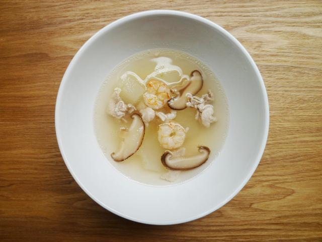 エビと冬瓜のスープ