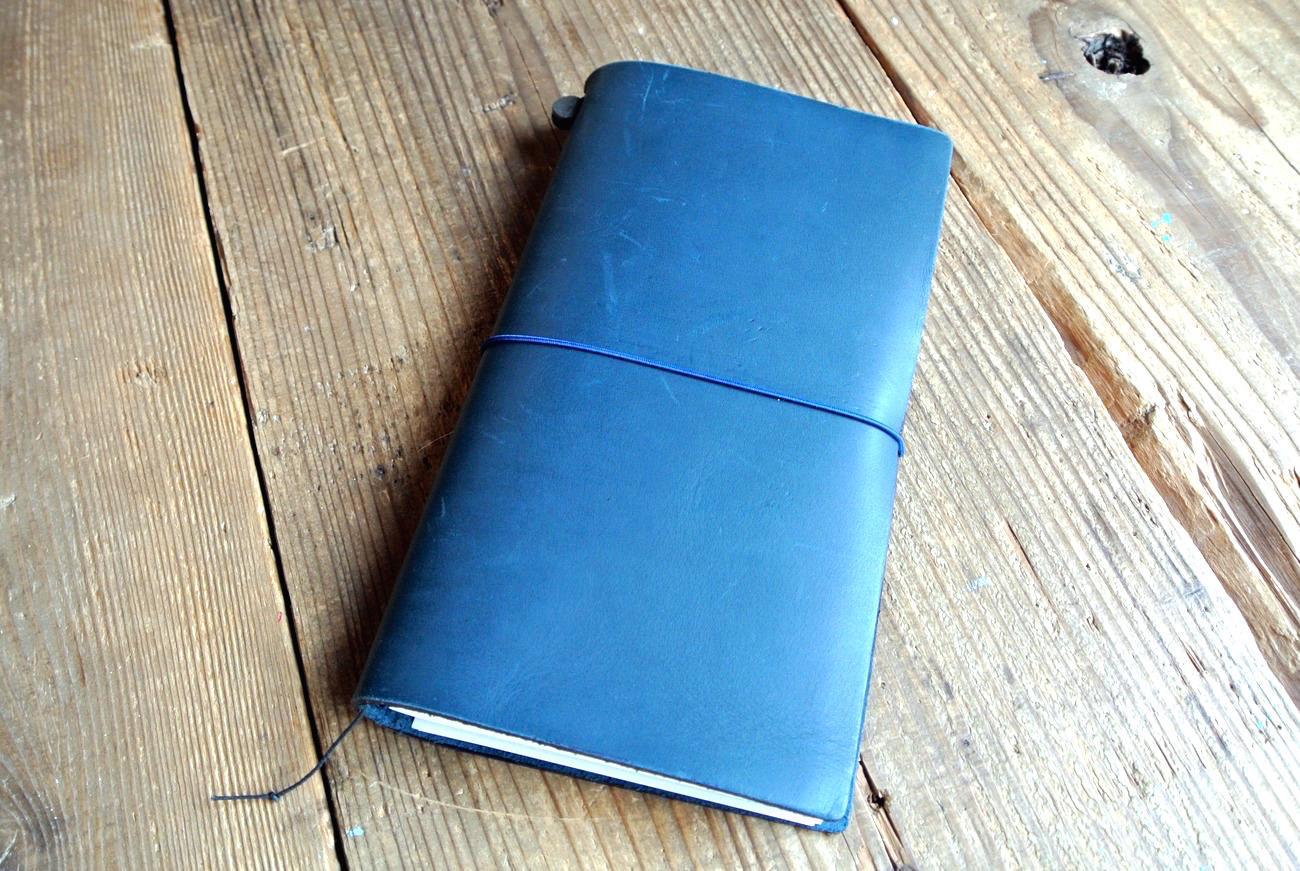 トラベラーズノートの青バージョン